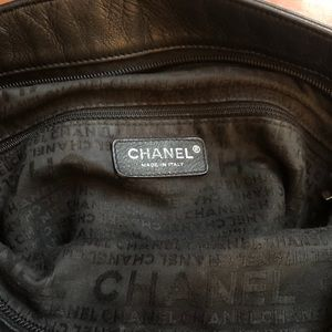 CHANEL Bags - Vintage Chanel tote